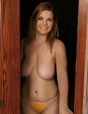Hot nude fitness milf